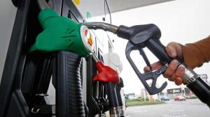 Gasoline_nozzle&pump